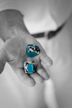 Wedding Fake Rings One Day Vs One Year   How We Kept Our Wedding Small & Our Dreams Big