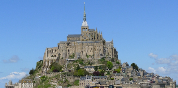 P1030937 575x284 The Ridiculous Beauty Of Mont Saint Michel