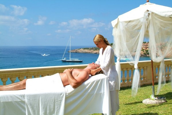 hotel port adriano marina golf  spa el toro calvia mallorca e1343058097289 Why I Hate Massages & Other Things Travel Has Taught Me About Myself