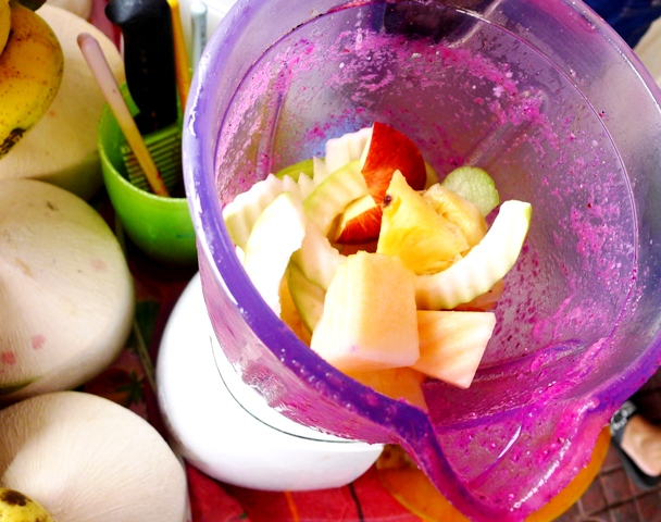 Fruit Shakes How I Was Able To Throw Away My Fat Pants While Eating In Asia