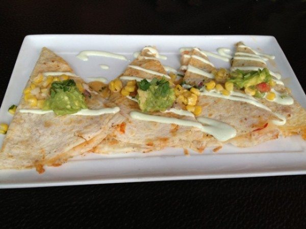 Quesadillas de Camarone 12 18 12 600x450 A Mexican Feast In The Middle Of The Pacific